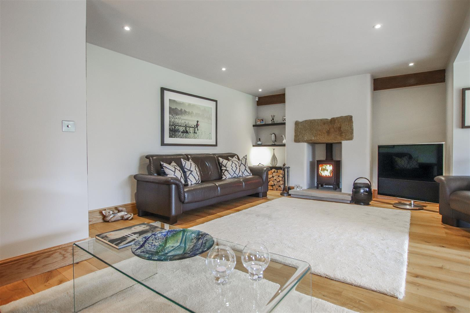 5 Bedroom Semi-detached House For Sale - 4.JPG